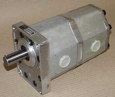 Podwójna zębata pompa hydrauliczna UR 32/32